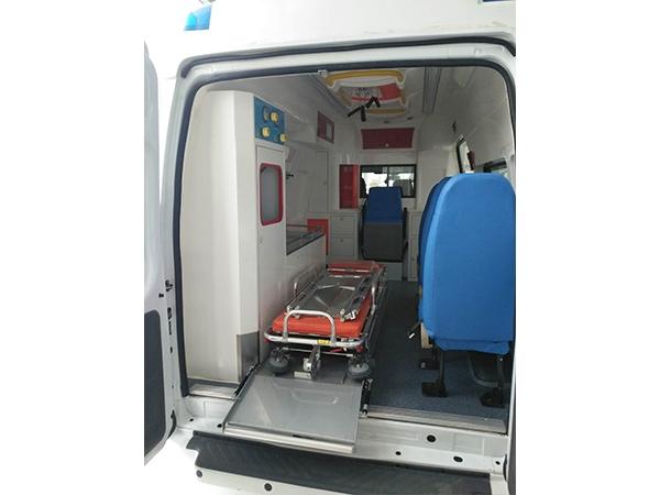 救护车车厢